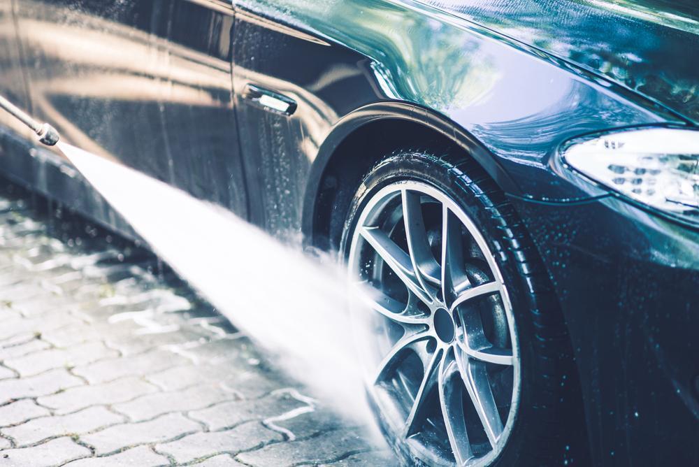 Jak umyć samochód PRAWIDŁOWO ?