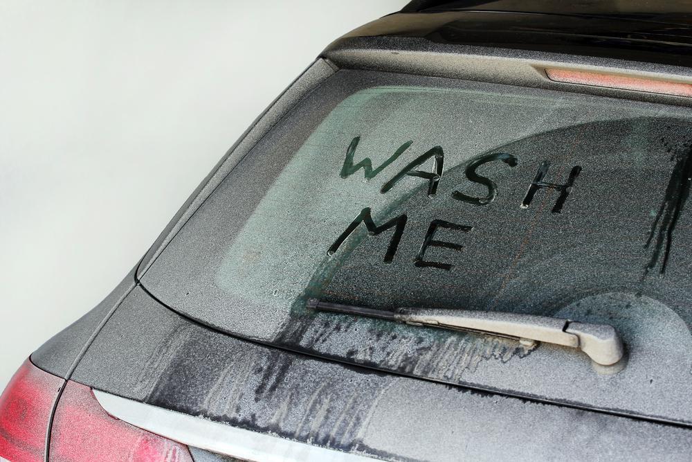 Mycie samochodu zimą – jak myć samochód podczas zimowych miesięcy?