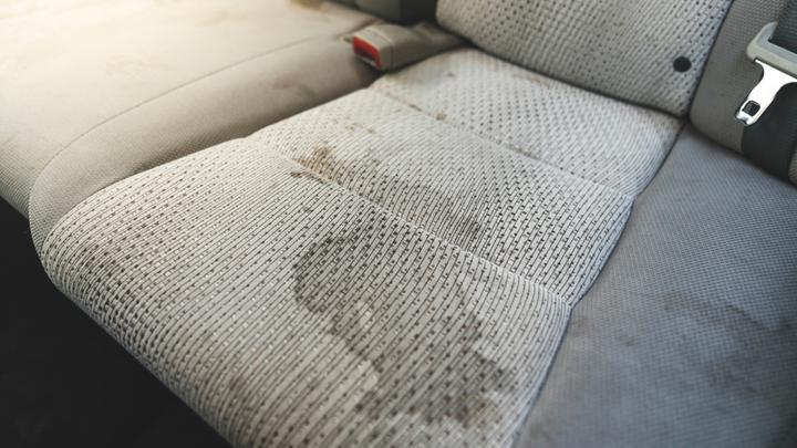#DETAILINGtips – usuwanie trudnych plam z tapicerki domowymi sposobami