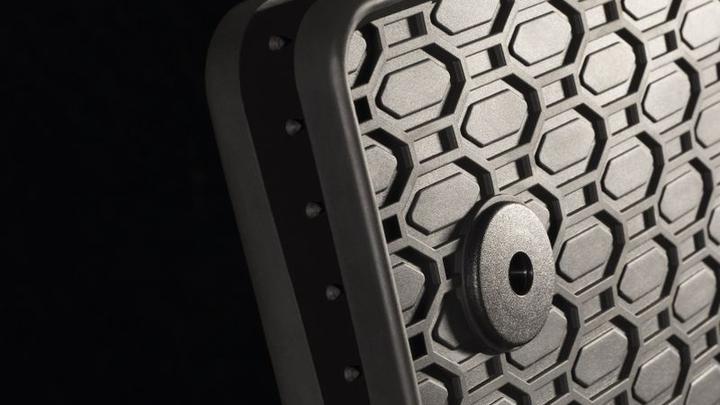 Stopery do dywaników samochodowych – jak zamontować stopery, żeby jazda samochodem była w pełni bezpieczna?